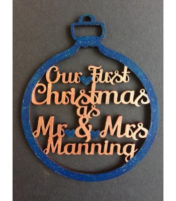 Xmas Bauble - Wedding - 1st Christmas as Mr & Mrs - Personalised with Surname - gift bag included