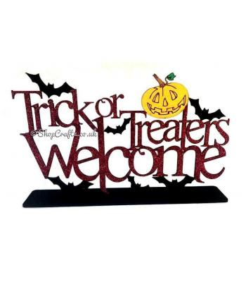 Trick or treaters welcome Halloween quote on stand